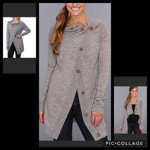 Northface Wool hideaway sweater